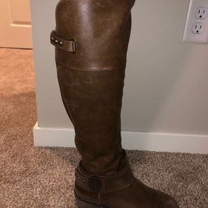 VINCE CAMUTO/ knee-high boot